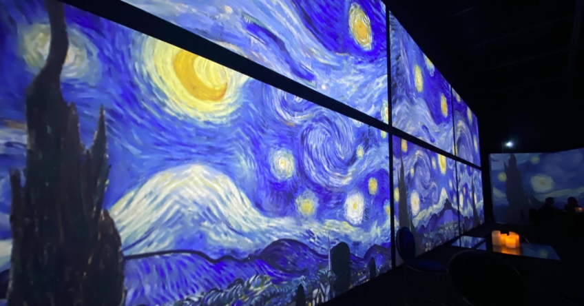 Featured Image - A panoramic view of Van Gogh painting projection