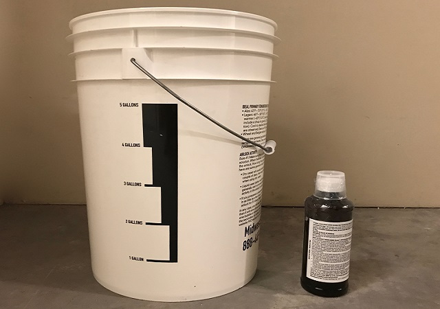 gallon vs pint bleach chlorhexidine for mouthwash