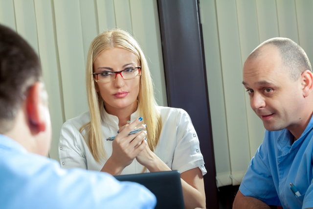dentists in discussion
