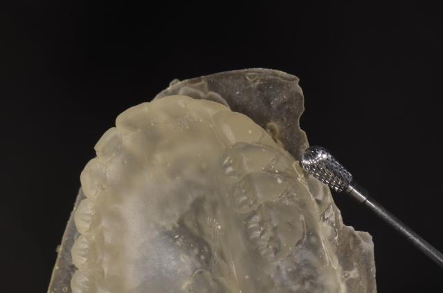 polishing duplicate denture