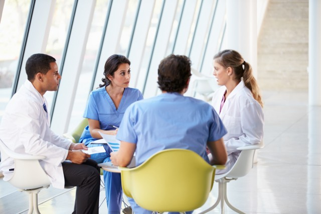Four Reasons Every Dental Practice Should Have Morning Huddle Meetings