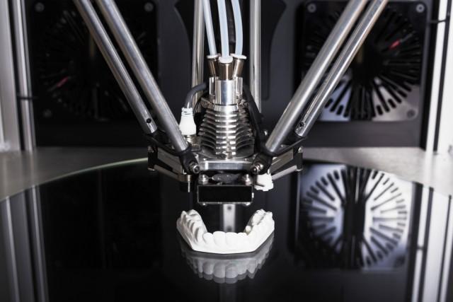 3D Printers in the Age of Digital Dentistry