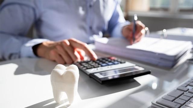 6 Tips to Address Patient Expectations of Insurance Reimbursement